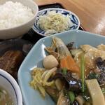 中華飯店萬龍軒 - 料理写真:八宝菜定食