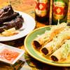 コットン・フィールズ - 料理写真:メキシカンタコス、スペアリブ 当店の2枚看板