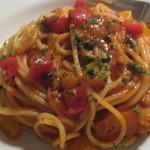 バルベラ - パプリカとミンチのトマトソース