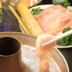 四季庵 - 料理写真:伊達鶏白濁くぐし美肌鍋