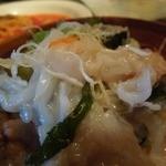 13210140 - 「得だねセット」の「イカ・納豆サラダ」アンチョビドレッシングのアップ写真