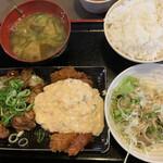 宮崎郷土料理 どぎゃん - 焼鳥、チキン南蛮定食