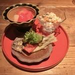 132106200 - 新生姜とフルーツトマトの甘酢漬け、稚鮎とゴーヤの南蛮漬け、おから