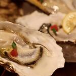 SEAFOOD & ITALIAN ViVi - 仙鳳趾産生牡蠣