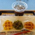13211759 - 3種の野菜ワッフルセット390円 ※アイスコーヒー付