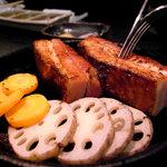 暖炭 - スモークベーコンステーキ炭火焼