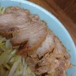 ラーメン二郎 - 料理写真:豚