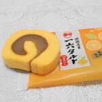 一六本舗 - 一六タルト・甘夏みかん(141円)