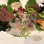 すし居酒屋 まんげつ - 刺身 大漁盛り