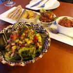 モロッコ料理 ル・マグレブ - マグレブサラダとタパス盛り合わせ