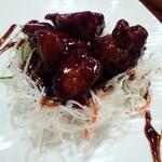 中国酒家 辰春 - 黒酢の酢豚