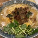Ikementomikura - 煮肉卵とじうどん