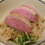 中華そば きなり - 鴨肉炊き込みご飯¥400