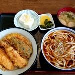秀月 - 料理写真:お好みランチセット(イカ野菜天丼と温うどん)(税込790円)