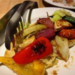 オステリアチードゥエ - 野菜のオーブン焼 熟成バルサミコソース