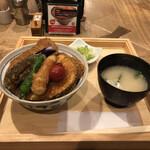 タレカツ - 野菜ヒレカツ丼