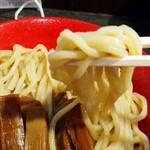 勢拉 - 麺リフト