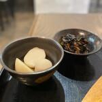 ワン ハピネス - 里芋の煮物、ひじき