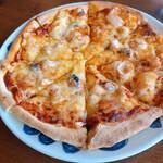 アデリータ - シーフードピザ Lサイズ