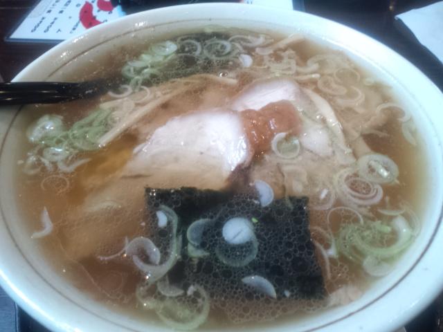 玉寿し食堂 - チャーシュー麺