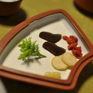 はづ木 - 料理写真:薬膳の紹興酒