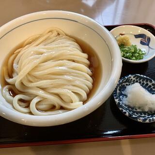 おうどん 瀬戸晴れ - 料理写真:ぶっかけうどん中(冷)¥490- 高級感のあるぶっかけうどん…