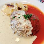 キャセロール - キャセロール特製ハンバーグステーキ (種入りマスタード、トマト)