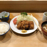 132218812 - 2020.6.19  ヒレかつ定食