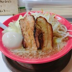 Akamaru - 豪快ラーメン野菜大盛り 卵トッピング