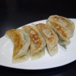 沸騰漁府 - 焼き餃子280円