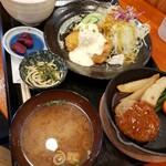 お食事処 笑福茶屋 - プレオープンメニュー(ハンバーグとチキン南蛮定食)