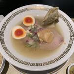 鯛白湯らーめん ○de▽ - 料理写真:鯛清湯ラーメン さらり