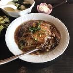 王龍餃子房 - フカヒレあんかけチャーハン。 美味し。