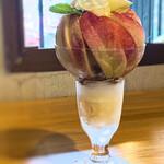 桃の農家カフェ ラペスカ -
