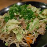 居酒屋 まる - 肉野菜炒め