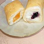 ケーキサロン ハマヤ - オレンジ&ブルーベリークレープ