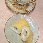 ケーキサロン ハマヤ - バナナクレープ