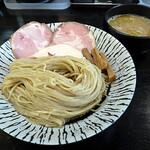 132275707 - 濃厚鶏白湯つけ麺
