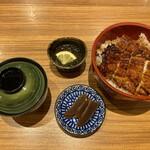 うなぎの瓢家 - 料理写真:特上鰻丼