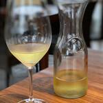 トレ グラッポリ - 白ワインのデキャンタ