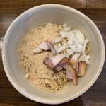 麺や一芯 - まぜ玉(スモーク醤油味)¥250
