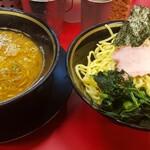 柏 王道家 - 料理写真:不揃いな麺たち