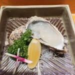 串あげ太郎 - 厚岸産カキ貝 レモン