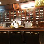 珈琲 豆の樹 - 店内カウンター席
