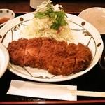 ロースかつ定食(大)1450円