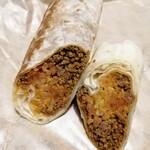 タコベル - チージービーフブリトーは野菜ナシの太巻き的携帯食
