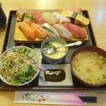 宝寿司 - にぎり寿司10貫ランチ