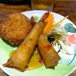 熱帯食堂 - トートマンクン(海老のすり身揚げ)とポピアクン(海老春巻)