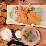 石嶺食堂 - エビフライと白身魚のフライ定食