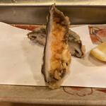 Tempuraiwai - 椎茸と海老の練り物
